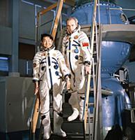 Жугдэрдэмидийн Гуррагча. Первый космонавт Монголии